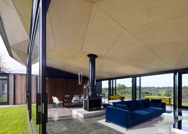 Main-Ridge-Residence-McAllister-Alcock-Architects-51-tt-width-620-height-443-lazyload-0-crop-1-bgcolor-000000-except_gif-1
