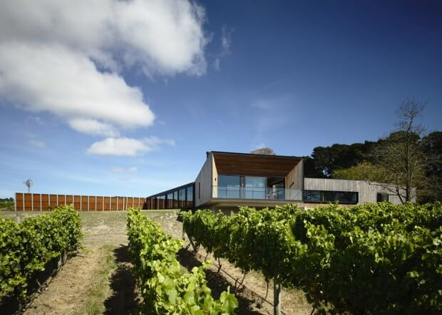 Main-Ridge-Residence-McAllister-Alcock-Architects1-tt-width-620-height-443-lazyload-0-crop-1-bgcolor-000000-except_gif-1